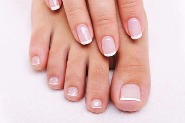 manucure-francaise-ongles-design